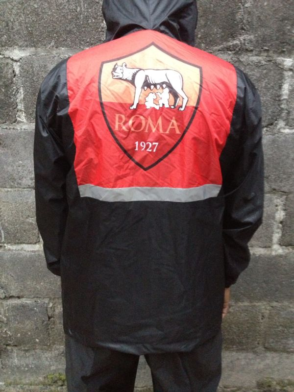 Raincoat AS Roma  b